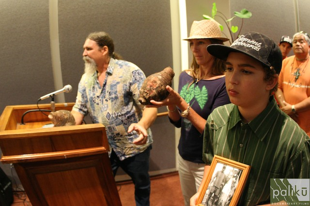 Jim Cain and Hawaii's taro farmers testifying in support of GMO-free taro