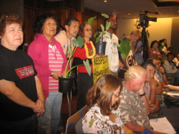 Respect Hawaiians - No GMO Kalo